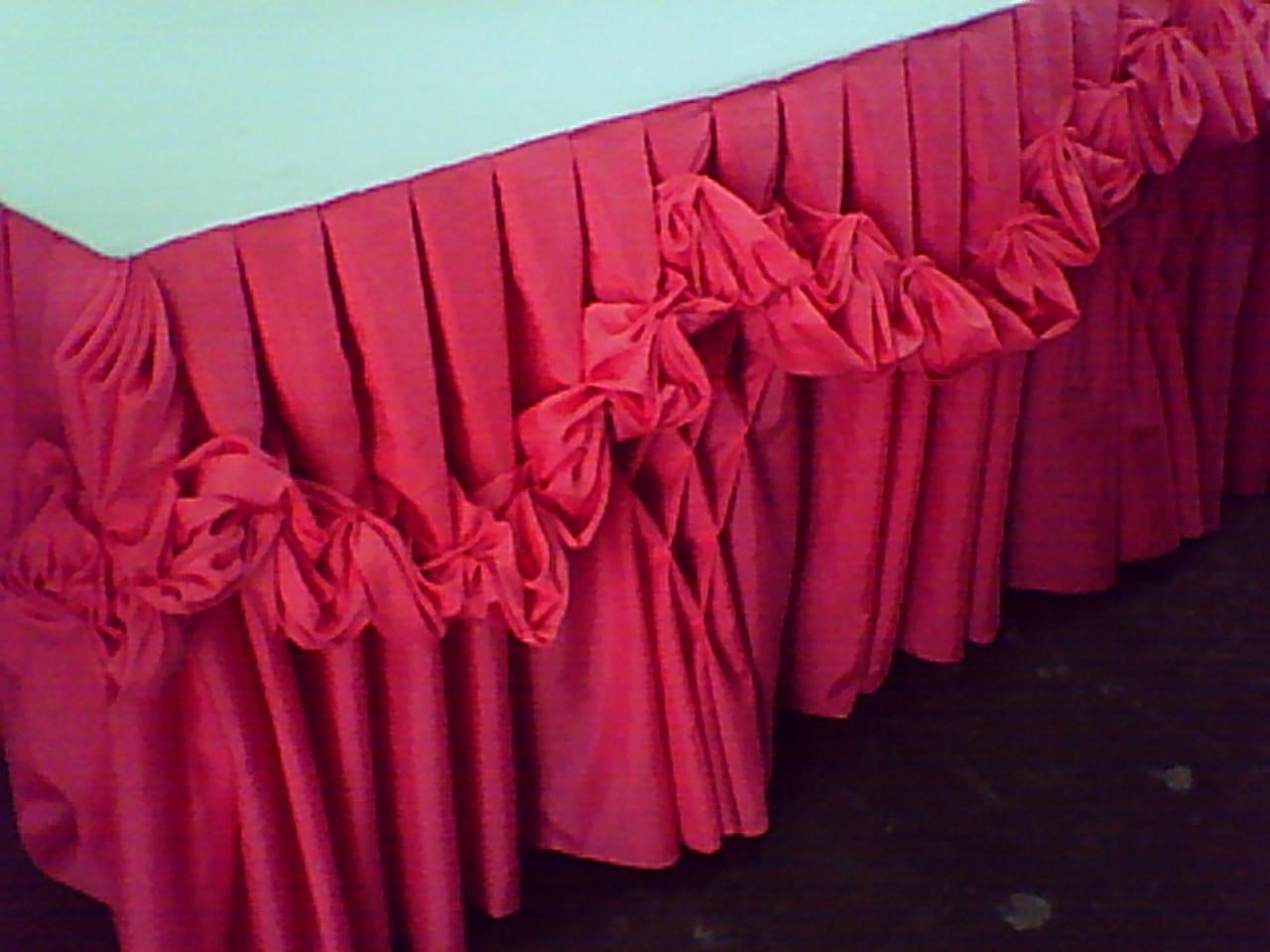Table skirt design